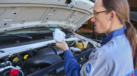 img_service_specials_oil_change-Jerry_Little